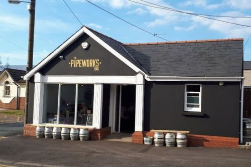 Pontyclun pub closes after customer tests positive for Covid-19