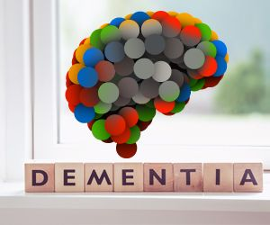 Risk of Dementia Increases With Decline in Kidney Function