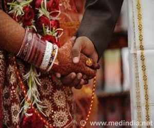 Pressurizing Newly-Weds to Conceive can Affect Their Mental Health