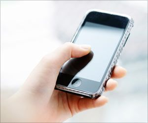 Too Much Mobile Phone Use Goes Hand in Hand with New Pathologies of Thumb