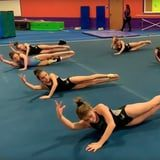 "Simply Watching This Ab Routine Set to Ariana Grande's ""7 Rings"" Will Set Your Core Ablaze"