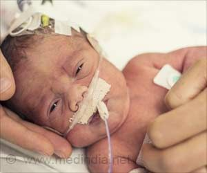 Plastic Drapes Could Save Preemies from Hypothermia